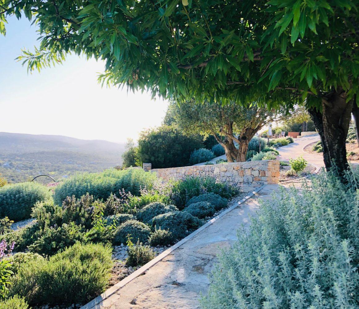 Une vue imprenable depuis le Jardin en Algarve
